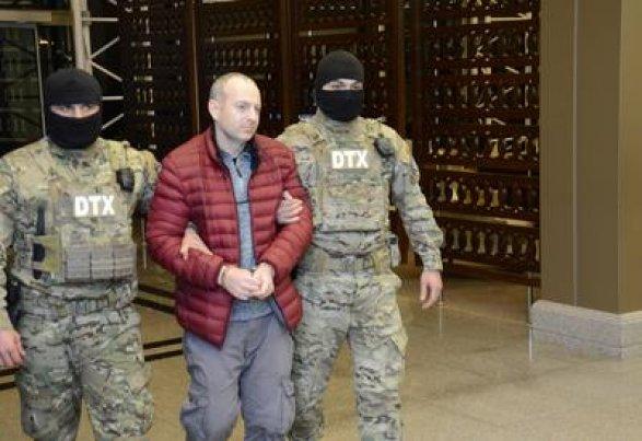 Продлен срок задержания Александра Лапшина