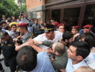 Великобритания: «В Ереване нападают на геев»