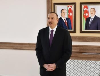 Ильхам Алиев ознакомился с одной из первых нефтяных скважин в мире