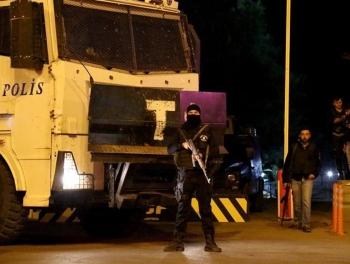 В Турции за ночь арестовали 800 гюленистов