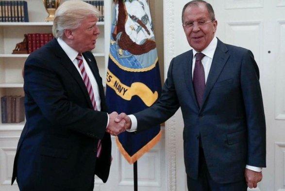 Захарова поведала как прошла фотосъемка встречи Лаврова иТрампа