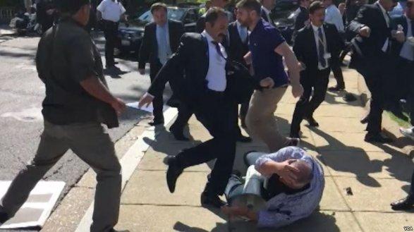 Конгрессмен Ройс призвал привлечь к ответственности телохранителей Эрдогана