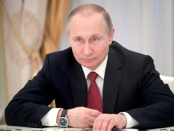 Путин наградил спецназовцев, оборонявших Алеппо