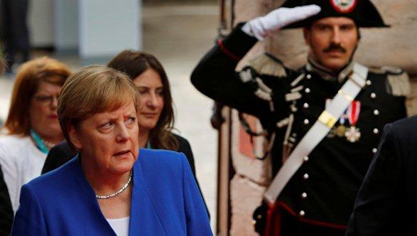 Меркель призвала Европу взять свою судьбу всобственные руки