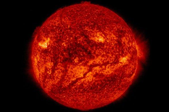 Через год НАСА собирается запустить зонд кСолнцу
