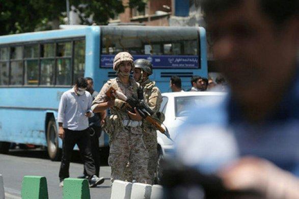 ВИране арестовали восьмерых подозреваемых втерактах впарламенте имавзолее