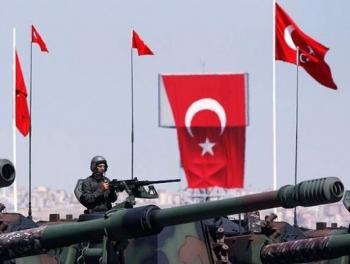 Турция отправила войска в Катар