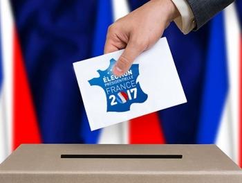 Французы подустали от вечной политики наш комментарий