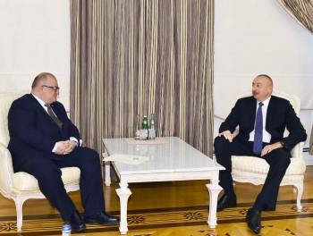 Вице-премьер Грузии на переговорах с Ильхамом Алиевым фото