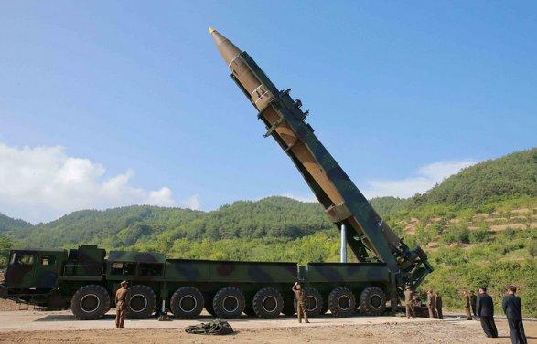 Лидер КНДР назвал очередной запуск ракеты «подарком» для «американских ублюдков»