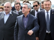 Опрос на улицах Еревана: «Саргсян — это позор нашей нации»