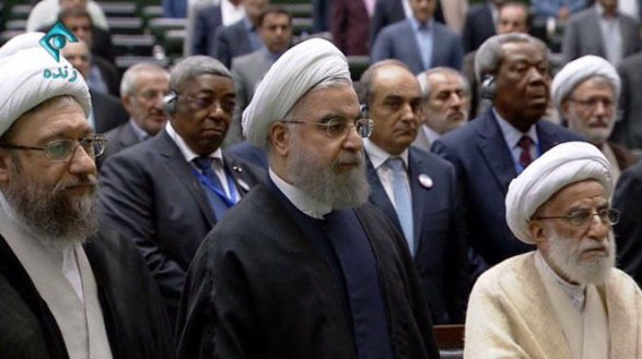 Духовный лидер Ирана утвердил напосту президента Хасана Роухани
