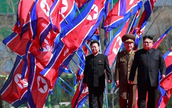 ВСША подготавливают граждан  кядерному удару изКНДР