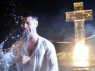 В Баку детей крестят по тапшу