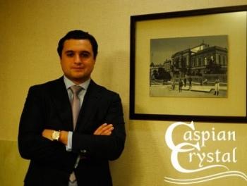 Сын Эльдара Махмудова все еще завозит арманьяк в Азербайджан
