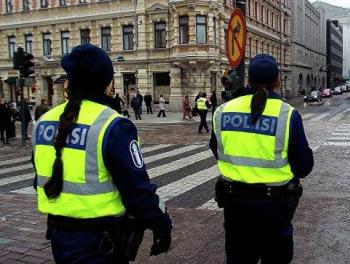 В Финляндии мужчина с ножом напал на прохожих Есть погибшие и раненые; обновлено 20:20