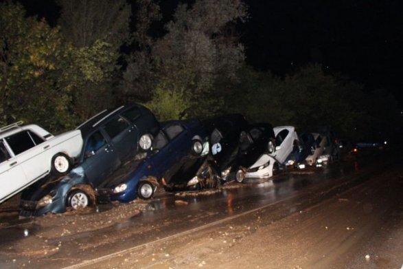 Селевой поток вКрыму: 76 человек эвакуировали