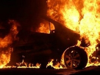 Недовольные сожгли машину Азеришиг Официальная реакция