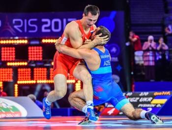 Первая медаль Азербайджана на ЧМ по борьбе в Париже