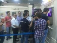 Депутат простоял 4 часа в очереди за билетом на «Карабах»