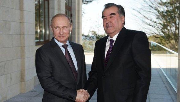 Лукашенко поздравил президента Таджикистана Рахмона сДнем национальной независимости