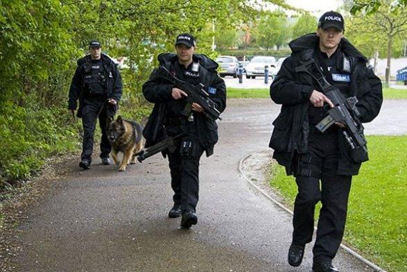 Взрыв влондонском метро был вызван самодельной бомбой