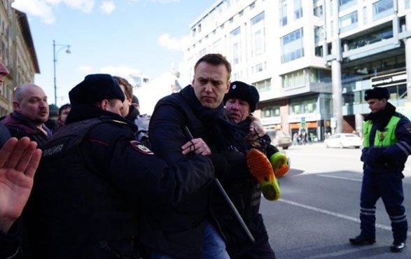 Алексея Навального выпустили из милиции