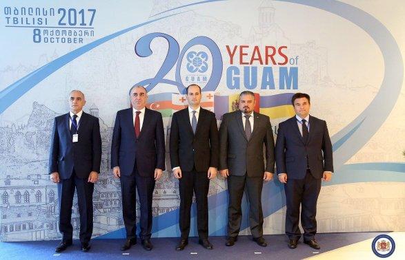 Украина предложила Грузии, Молдавии иАзербайджану объединиться против Российской Федерации
