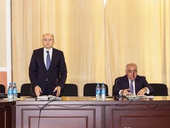 Али Асадов представил нового министра фото