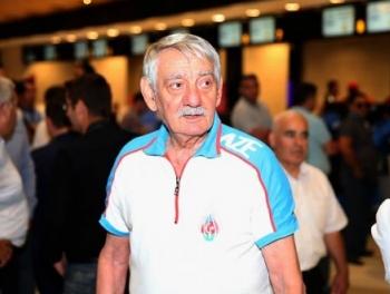 «82-летний Яшар Мамедов отправлял обнаженные фото юным фехтовальщицам»
