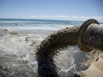 В Гарадаге сточные воды сбрасывали в Каспий