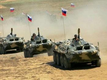 Российские танкисты тренируются в горах Армении