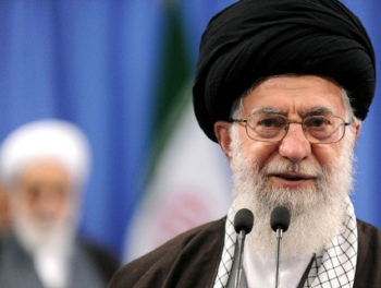 Дилемма Хаменеи: баланс интересов азербайджанцев и персов