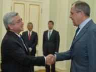 Уступки по Карабаху: Армянским властям грозят восстанием