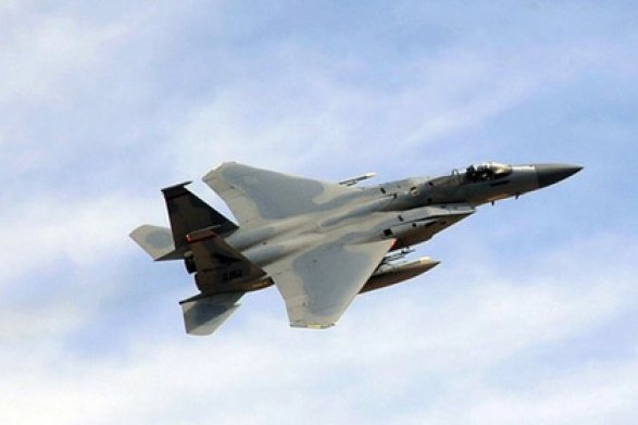Американские истребители F-15 несмогли найти «белый самолет» над Орегоном