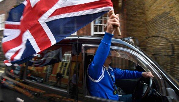 Великобритания обвинила Германию иФранцию вторможении Brexit
