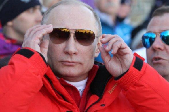 Путин поведал рабочим оразнице между спортом испиртом