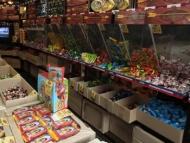 Ереванцев напугали азербайджанские конфеты