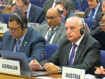 Гудрат Гурбанов сказал, что Азербайджан оставил позади Европу фото