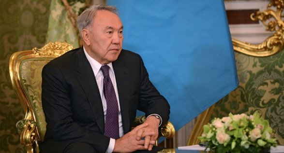 Назарбаев поздравил Владимира Путина спроведением удачной операции вСирии