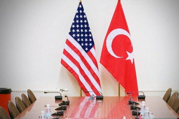 США полностью возобновили выдачу виз в Турции