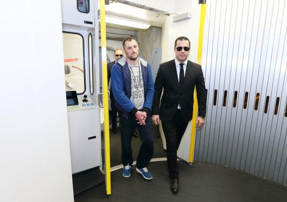 ВАзербайджанской столице доставлен киберпреступник, укравший миллионы— Спецоперация СГБ