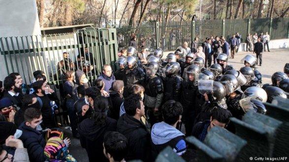Количество погибших выросло до  20— Протесты вИране
