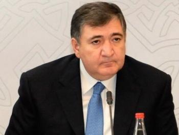 Фазиль Мамедов сохранил должность и уволил Сахиба Алекперова