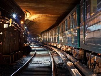 Поезд застрял в туннеле бакинского метро