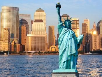 Статую Свободы закрыли из-за нехватки средств