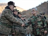 Саргсян запретил чиновникам посещать солдат в Карабахе