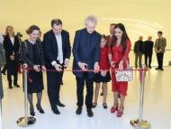 Лейла Алиева на открытии выставки известного художника