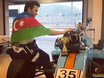 Азербайджанский автогонщик стал победителем соревнований в ОАЭ