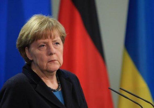 Меркель назвала мир наДонбассе приоритетом работы своего нового руководства